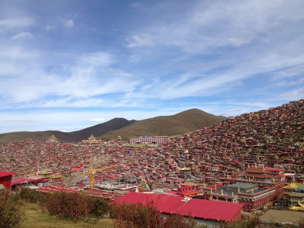 Larung Gar wide view