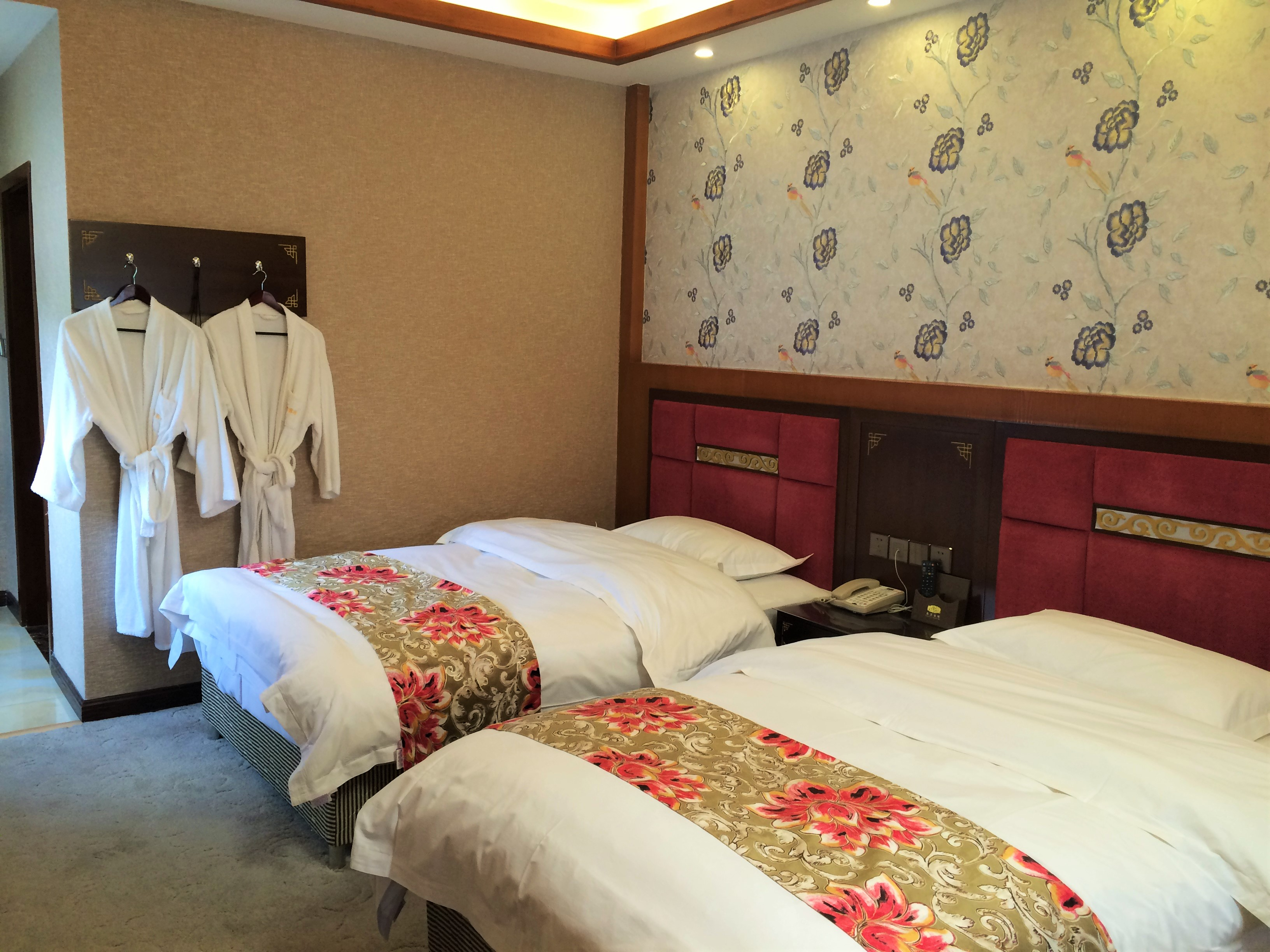 Xiangxiong guesthouse room