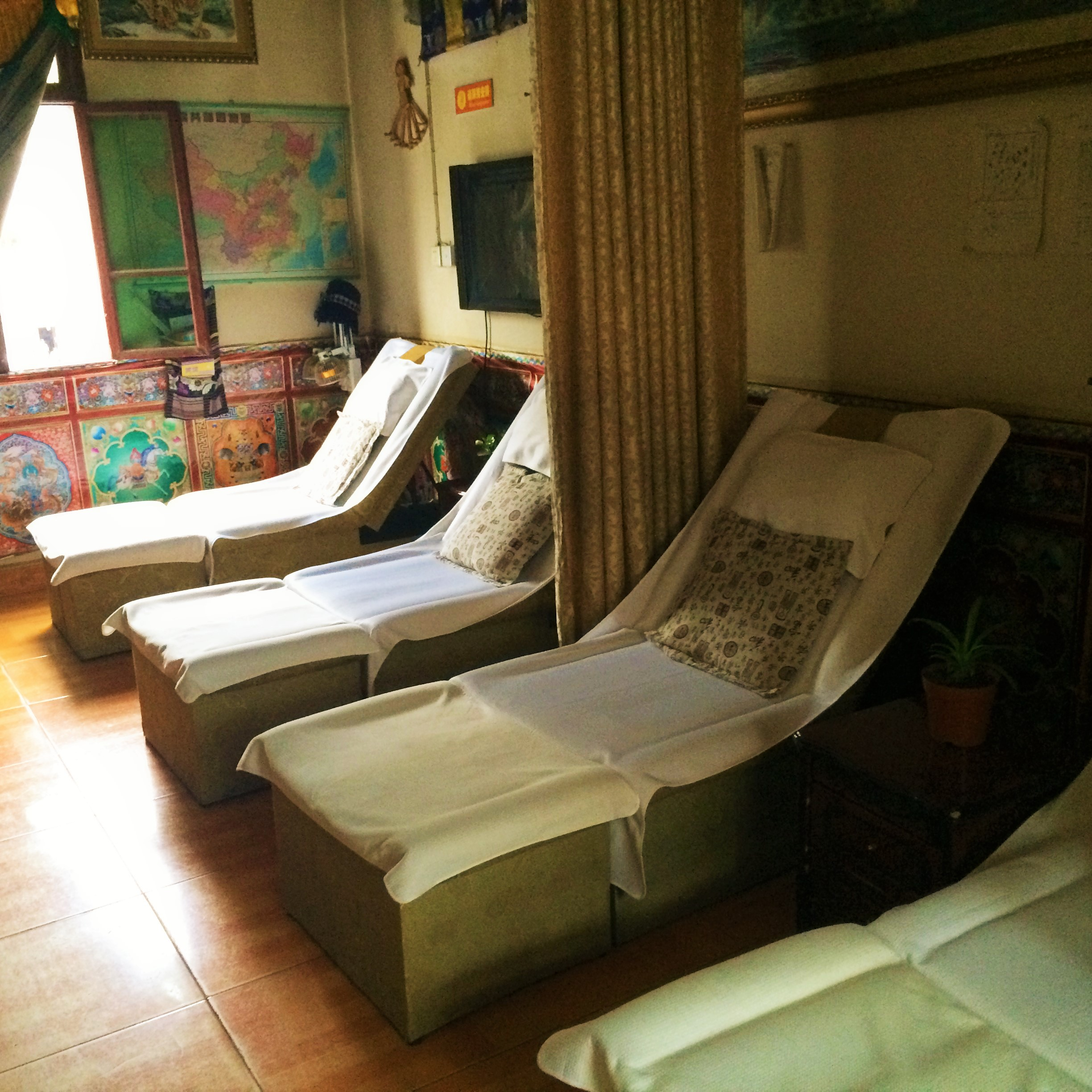 Inside of Snow Land Tibetan Medical Massage Center